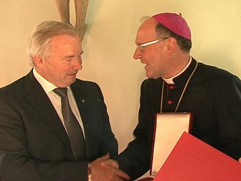 LH Gerhard Dörfler und Bischof Alois Schwarz