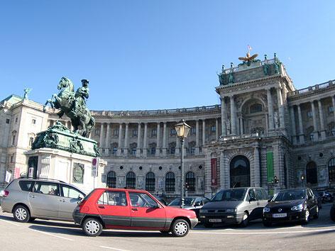 Heldenplatz und Hofburg