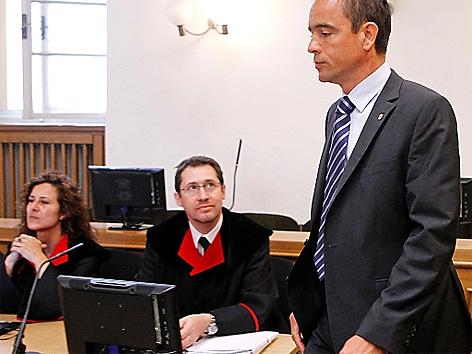 """Neuauflage """"part of the game""""-Prozess, Korruptionsstaatsanwälte Eva Habicher und Eberhard Pieber, Angeklagter Uwe Scheuch"""