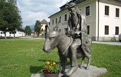 Das Denkmal für Valentin Pfeifenberger in Thomatal im Lungau