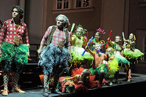 """Szene aus """"Das Labyrinth"""" bei den Salzburger Festspielen 2012"""
