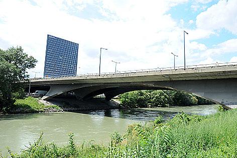 Erdberger Brücke auf der Tangente