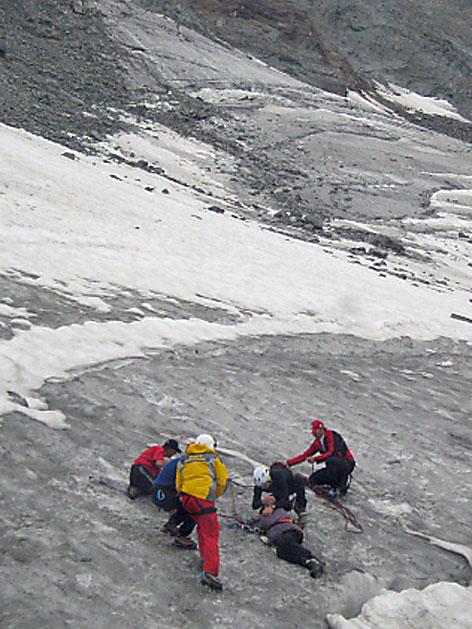 Bergung nach 6 Tage in Gletscherspalte