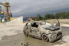 Einsatzkräfte fanden auch zweites Auto in Hafenbecken