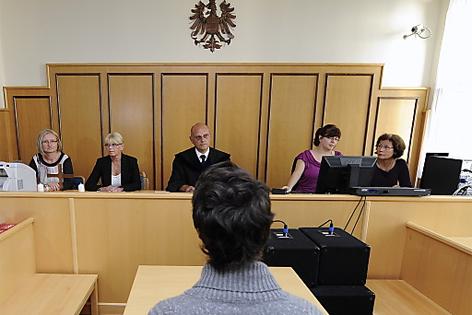 Jugendlicher sitzt vor Gericht