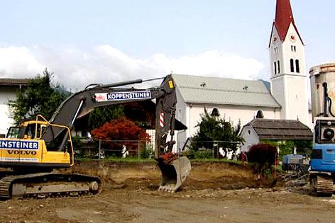 Baustelle in Weer an der Stelle des alten, mittlerweile abgerissenen Widums