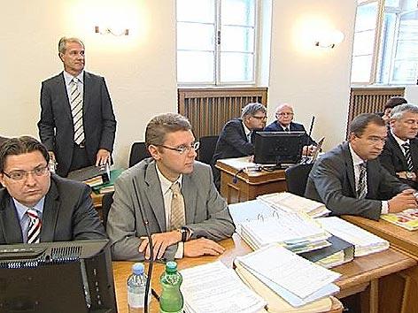 Birnbacher Prozess alle Angeklagten