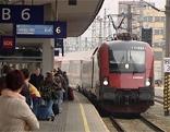 Fahrpläne Bahnhof Zug Bahnsteig Linz