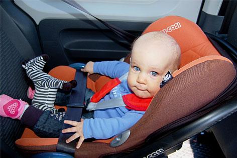 Kind Kindersitz Autositz Baby