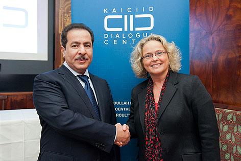 Faisal Abdulrahman Bin Muaammar (KAICIID Generalsekretär), Claudia Bandion-Ortner (KAICIID Vize Generalsekretärin)