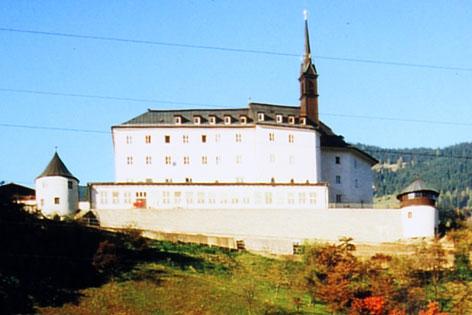 Schloss Schernberg bei Schwarzach