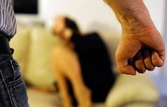 Gestelltes Foto zu Gewalt gegen Frauen