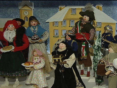 "Figuren Krippe ""Dorf im Schrank"" Malborghet"
