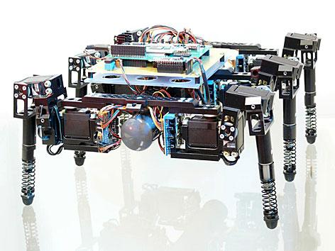 """Der Roboter """"Tobor"""" zu sehen anl. der Ausstellung """"Roboter. Maschine und Mensch?"""" im Technischen Museum in Wien"""