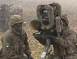 Soldaten bei Gefechtsübung
