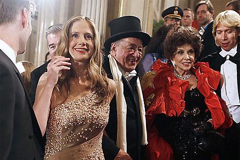 US-Schauspielern Mira Sorvino, Baumeister Richard Lugner und Gina Lollobrigida