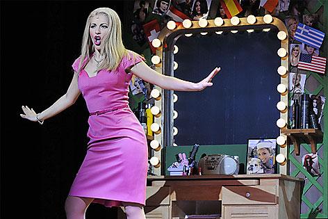 Szenenfoto Natürlich Blond