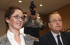 Monika Rathgeber mit ihrem Anwalt Herbert Hübl