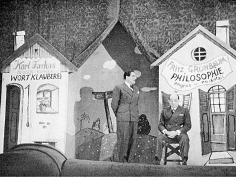 """Karl Farkas und Fritz Grünbaum in """"Die gestohlene Revue"""", 1935"""