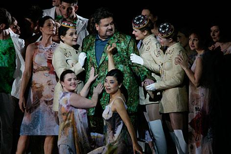 "Szene aus ""Parsifal""-Inszenierung bei den Salzburger Osterfestspielen 2013"