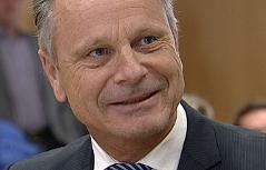Johann Vilsecker, Spitzenbeamter aus der Wohnbauabteilung des Landes