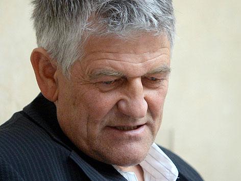 Der ehemalige ÖSV-Trainer Walter Mayer im Justizpalast in Wien.