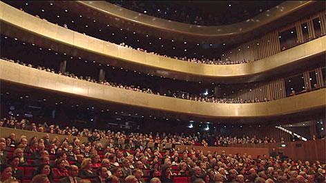 Bilder von der Eröffnung des Linzer Musiktheaters