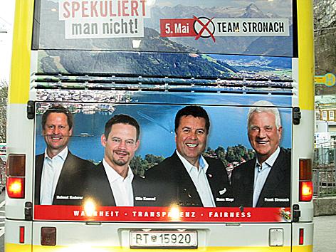 Team Stronach - falsches Wahlplakat auf Postbus