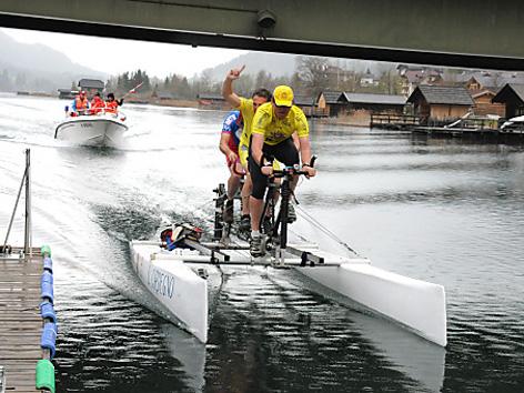 "Das Team ""Trieste Waterbike"""