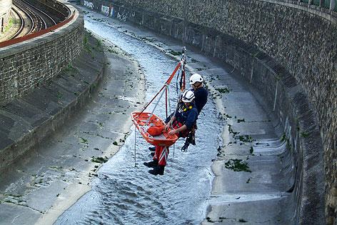 Bergung aus Wiener Kanal