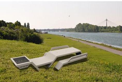 Donauinsel Bekommt Neue Grillmöbel Wienorfat