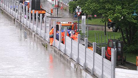 Hochwasserschutz wird in Linz aufgebaut