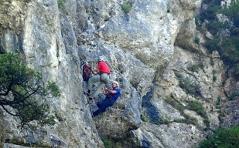 Bergungsteam am Fuß des Ottenalm-Klettersteigs