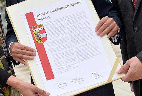 Regierungsübereinkommen Regierungspakt Rössler Mayr Haslauer