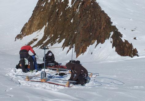 Gletscherforscher bei der Arbeit
