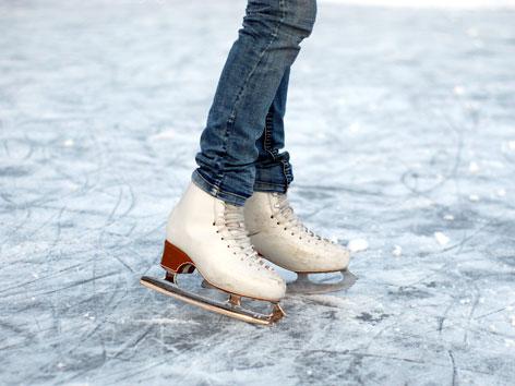 Eislaufen mit Jeans