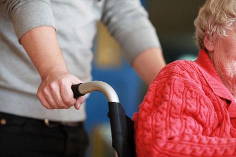Pflege Rollstuhl