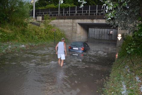 Überflutete Unterführung