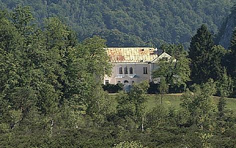 Villa in Strobl Streit um Neubau bei Naturschutzgebiet