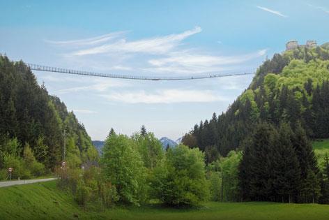 Reutte Grafik Fußgängerhängebrücke