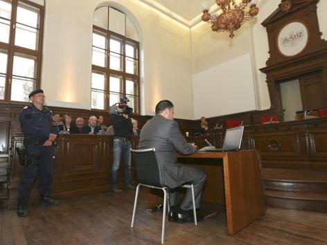 Prozess Guatemala am LG Ried/Innkreis
