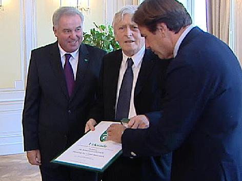 Ehrenring an Alfred Kolleritsch