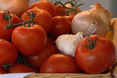 Tomaten, Knoblauch und Zwiebel