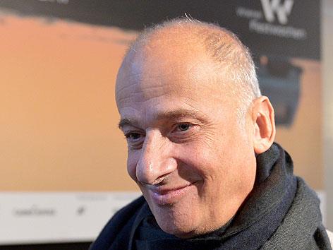 Luc Bondy bei einer Pressekonferenz im Dezember 2012