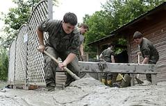 Soldaten im Hochwassereinsatz