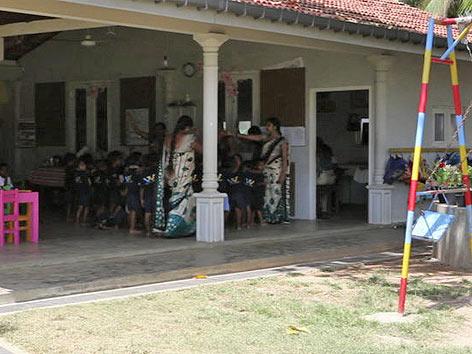 Kinderhilfe Sri Lanka, Anja Kainz wandert aus.