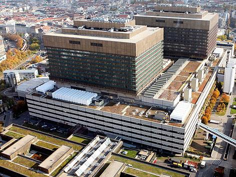 Luftaufnahme des AKH Wien im Jahr 2007