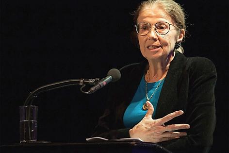 Anka Mühlstein bei Literatur im Nebel in Heidenreichstein 2013