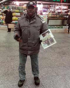Augustin-Verkäufer in der U-Station Schottentor