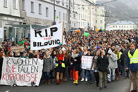 Schüler gegen die Zentralmatura in der Stadt Salzburg